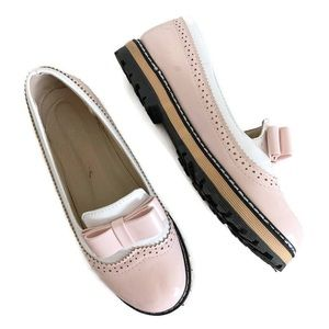 Pink & White Wingtip Oxford Shoes w/ Bow